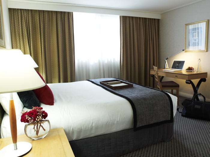 Rydges World Square Executive King Suite